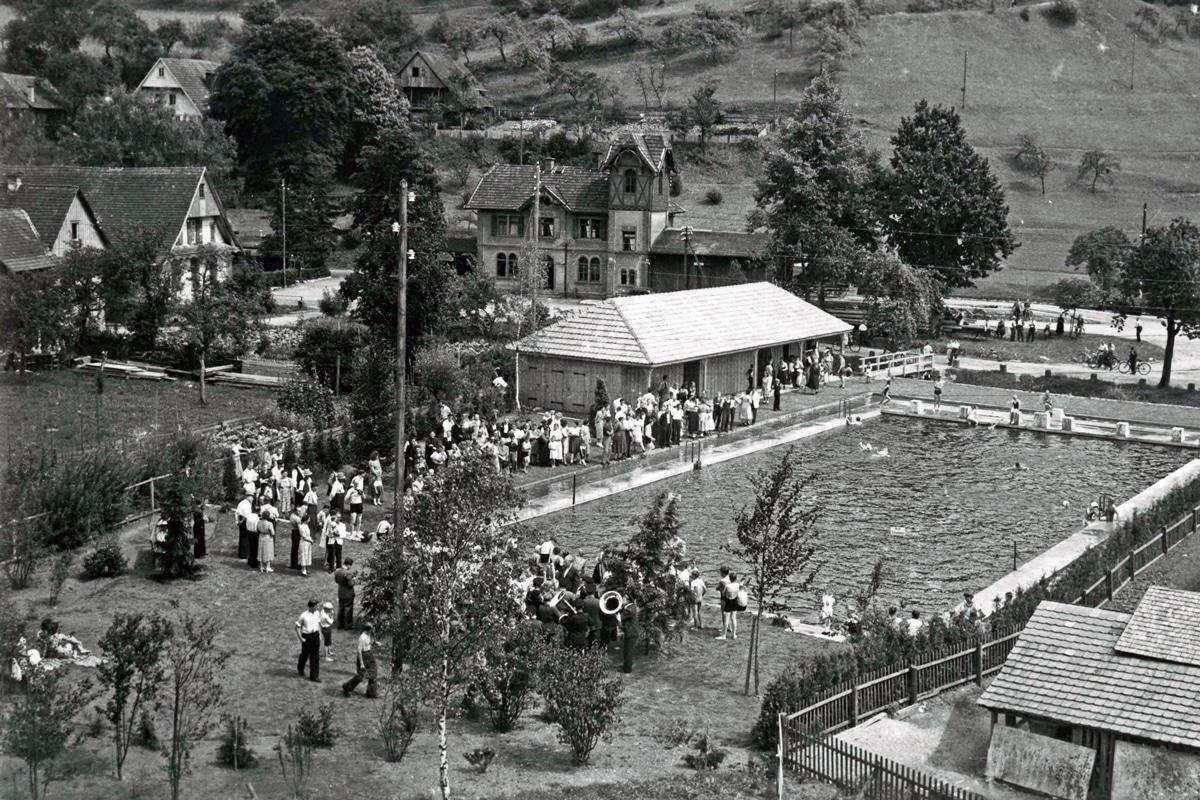 Schwimmbad Neueröffnung 1950