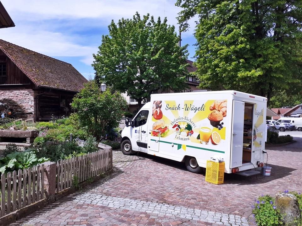 Kuchenverkauf beim Deutschen Mühlentag